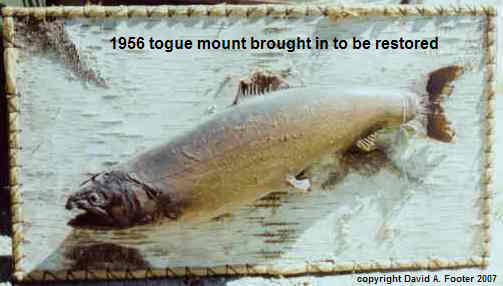 Footer 1956 Togue mount before restoring
